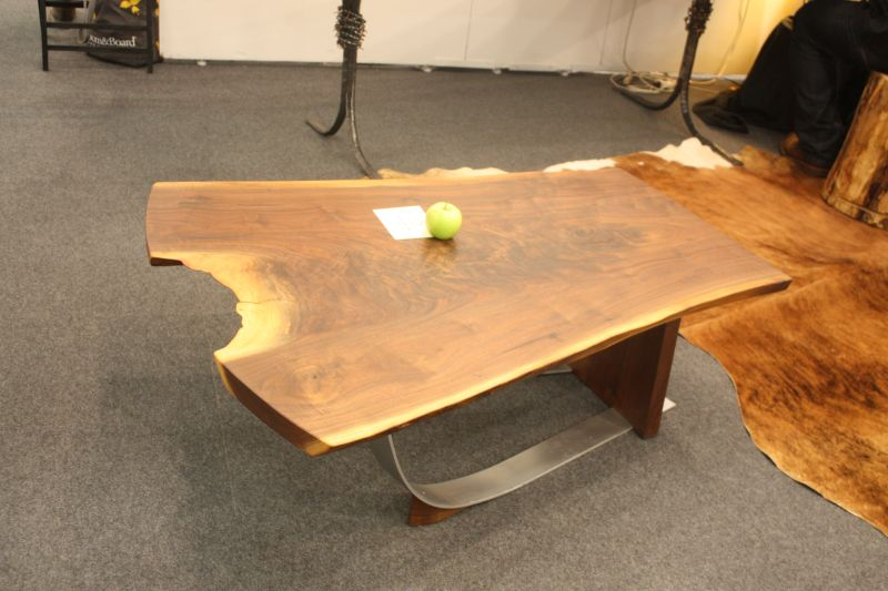 Bon Live Edge Cofee Table With A Metalic Base