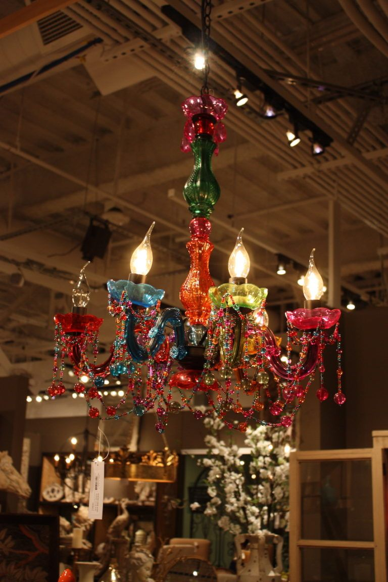 Las Vegas Market Showcases Cool Lighting of All Styles
