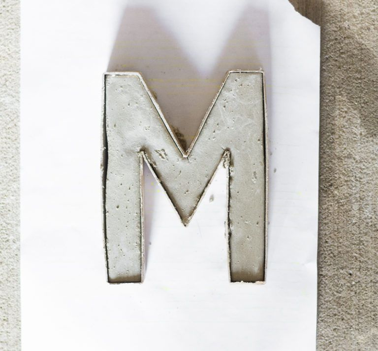Make Painted Concrete Letters - add mix