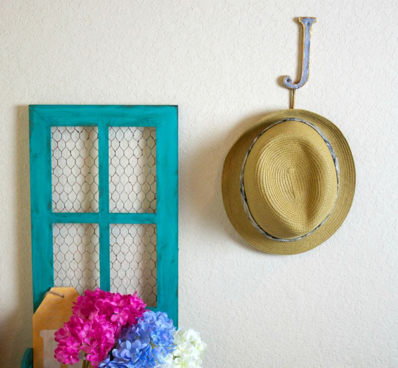 Make a Faux Metal Wall Hook Hang
