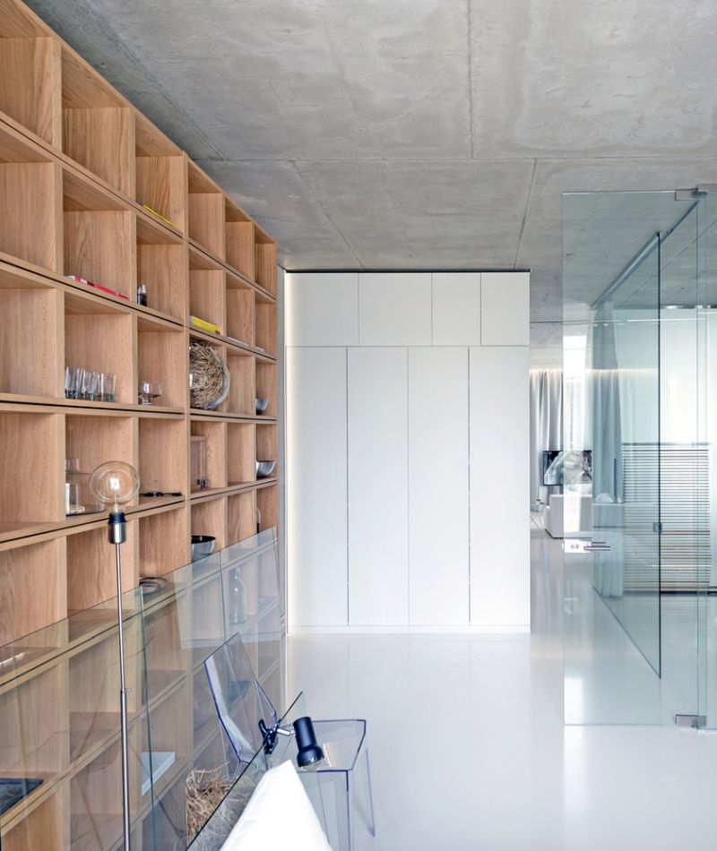 Minimalist Moscow apartment storage unit