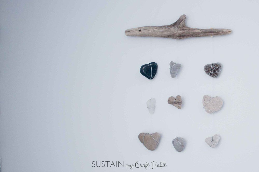Nautical driftwood heart rocks