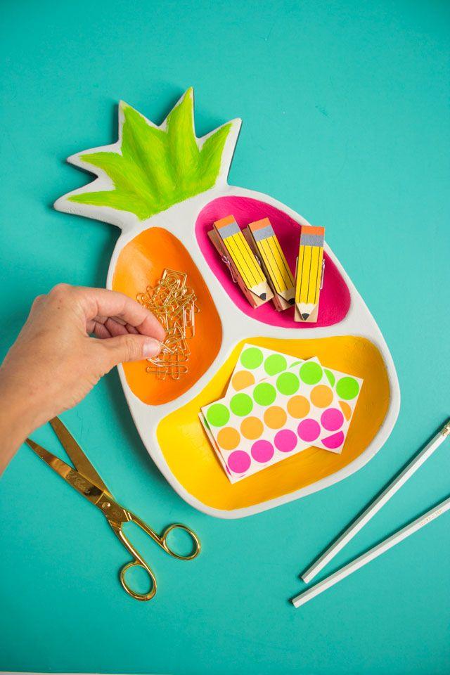 Pineapple desk organizer
