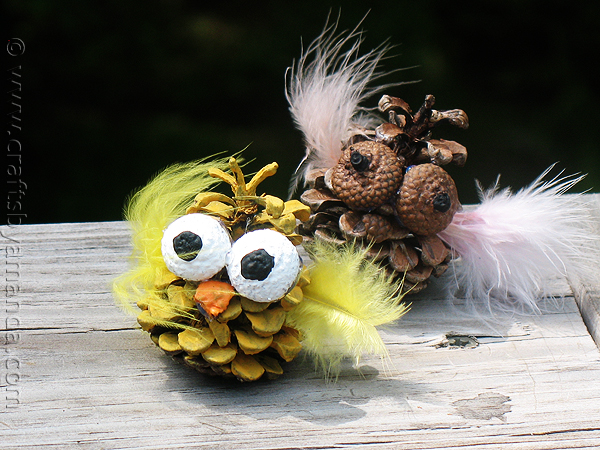 Pinecone owls diy