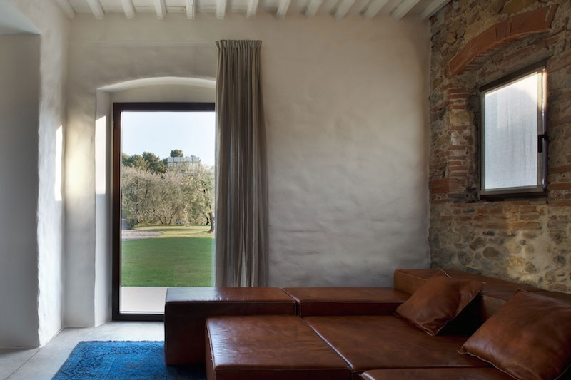 Renovated Country House In Lucca Leather Sectional