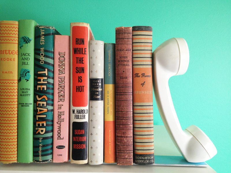 Telephone bookends