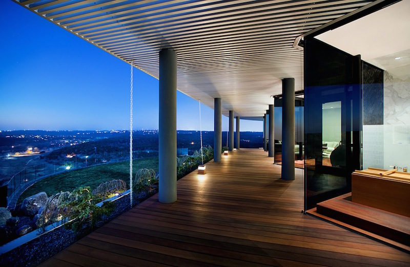 Old House Does From Dark To Bright And Stylish With Great Views