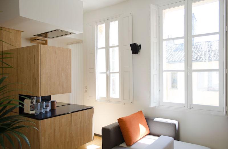 A big Little nest kitchen windows