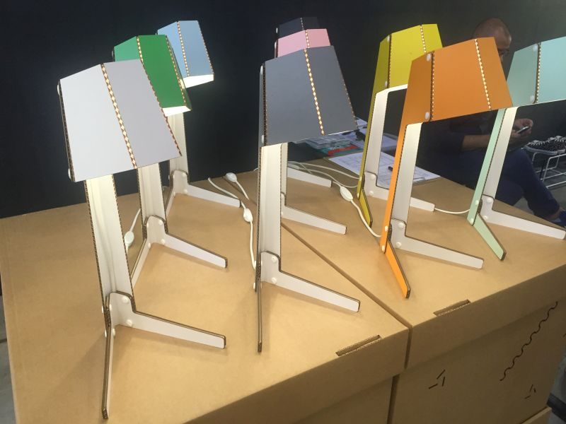 AndBros Cardboard Lamp