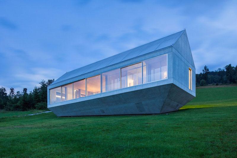 Ark house holiday home boat shape