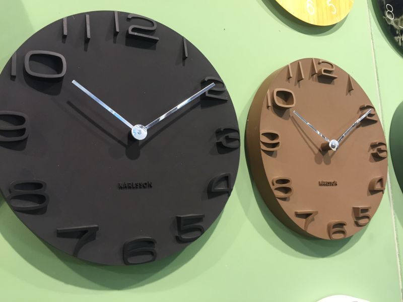 Black karlsson clocks