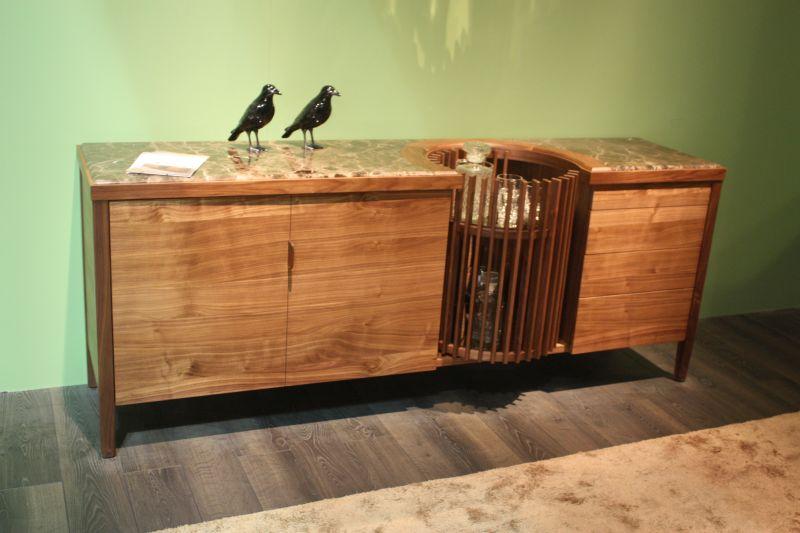 carousel-liquour-cabinet
