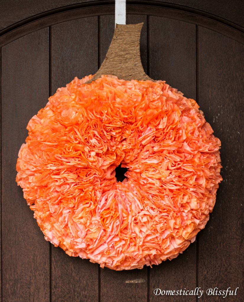 coffee-filter-pumpkin-wreath