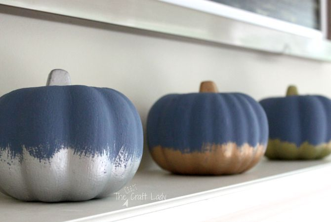 Combine different coat of paints for pumpkins