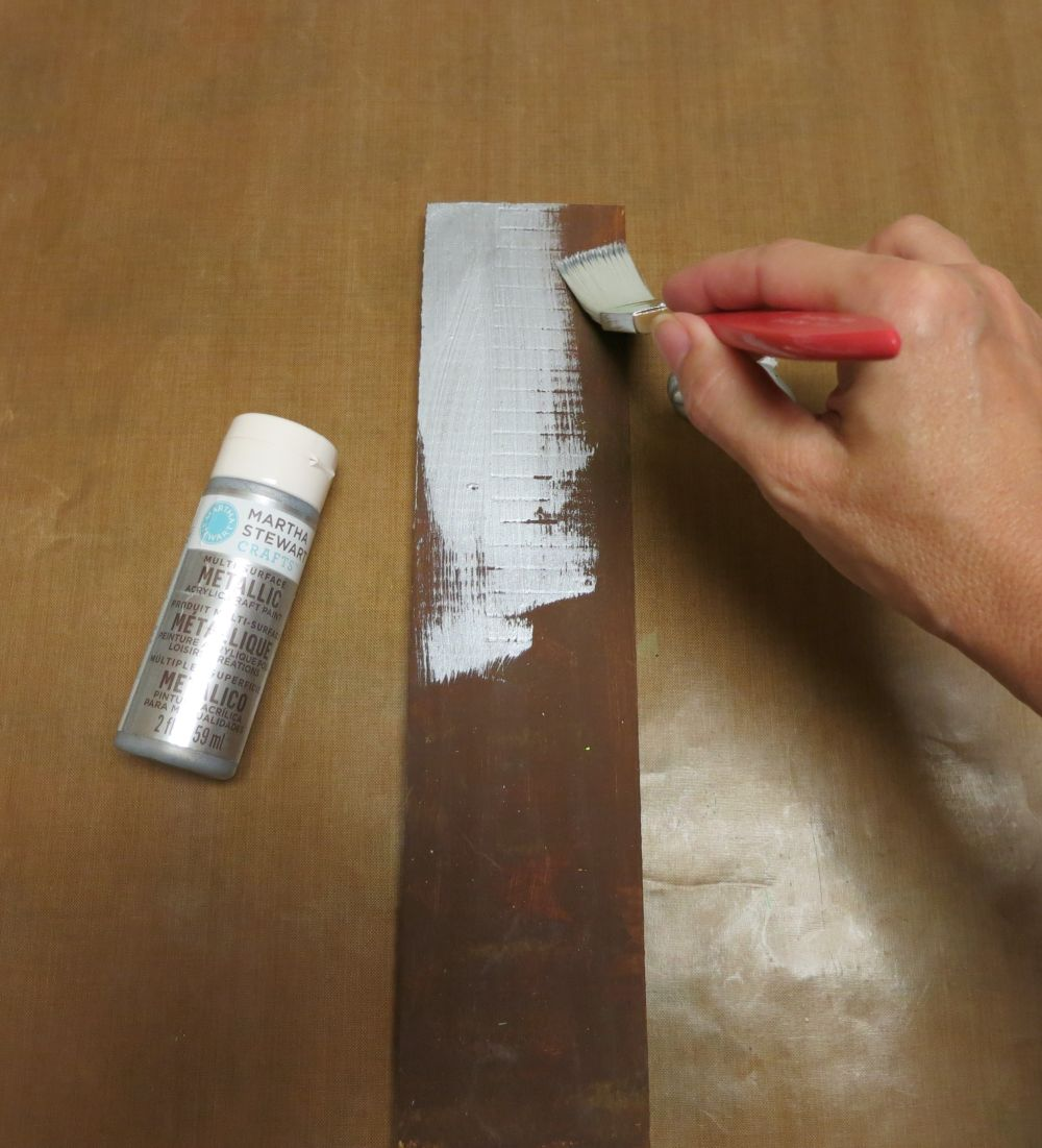 Creepy Key Holder - paint the wood