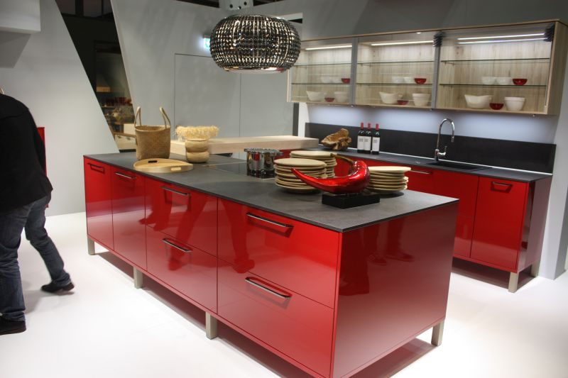 Shades of Red: What They Are & How to Use Them in Home Décor