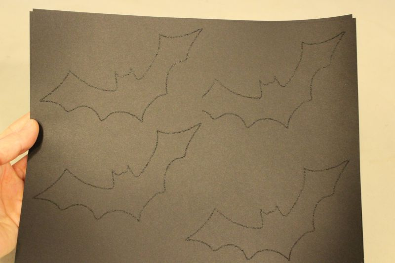diy-bat-branch-stencil