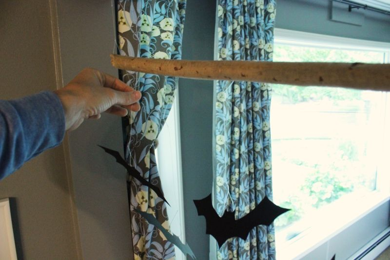 diy-bat-branch-spread-bats