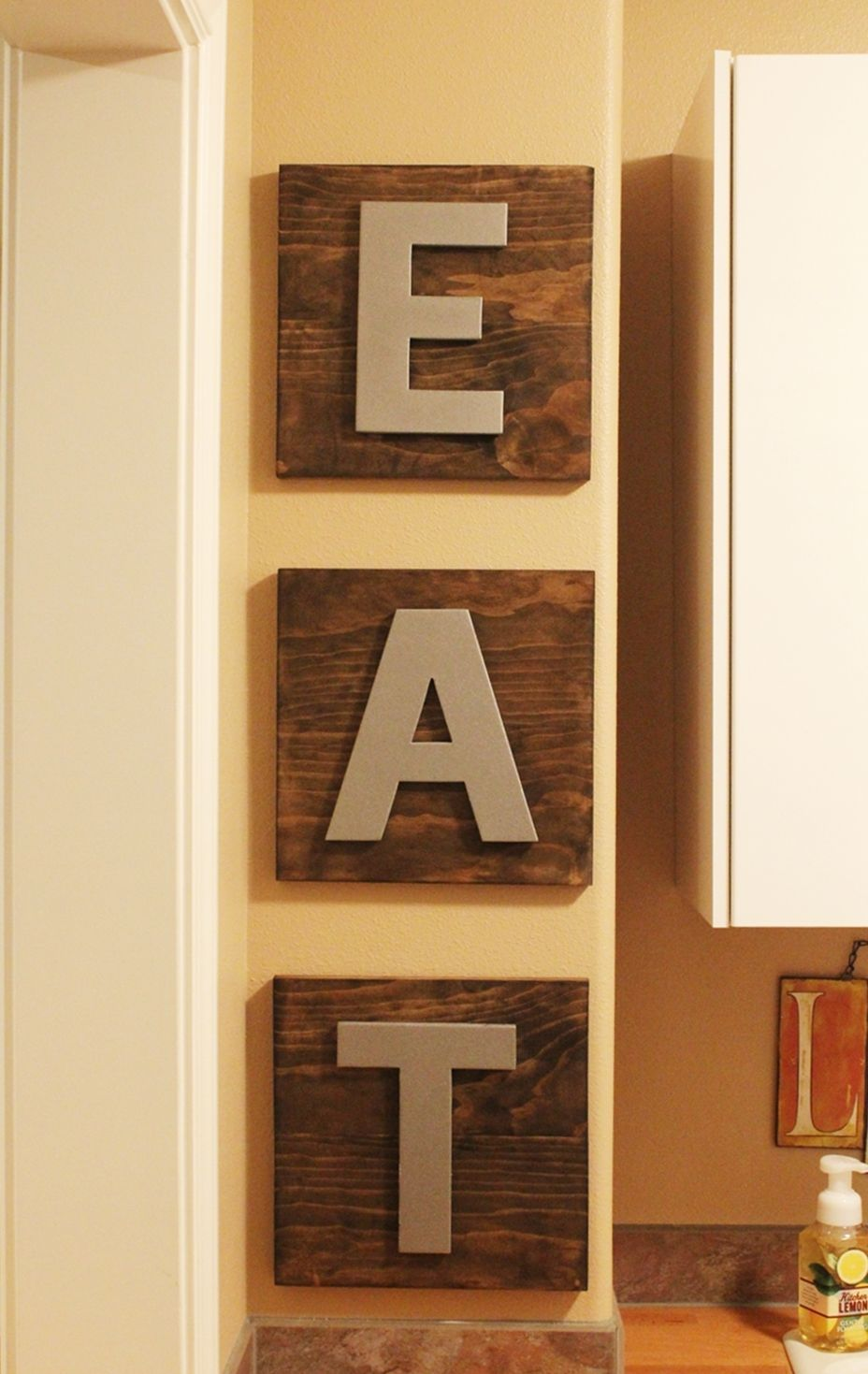 DIY Kitchen Décor: EAT Boards