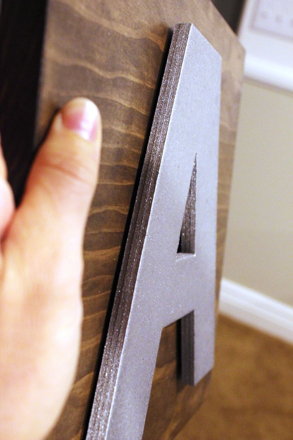 diy-eat-kitchen-decor-space-between-letters-and-board