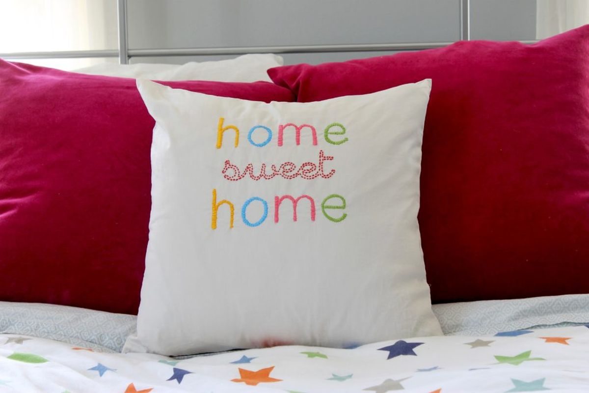 diy-embroidered-home-sweet-home-throw-pillow