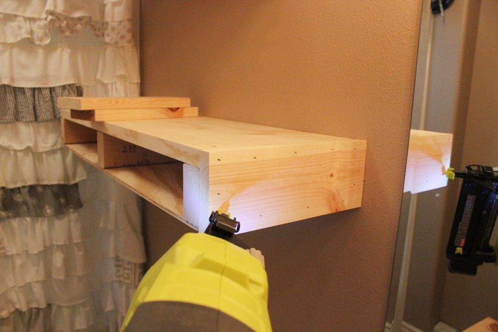 diy-floating-shelves-top