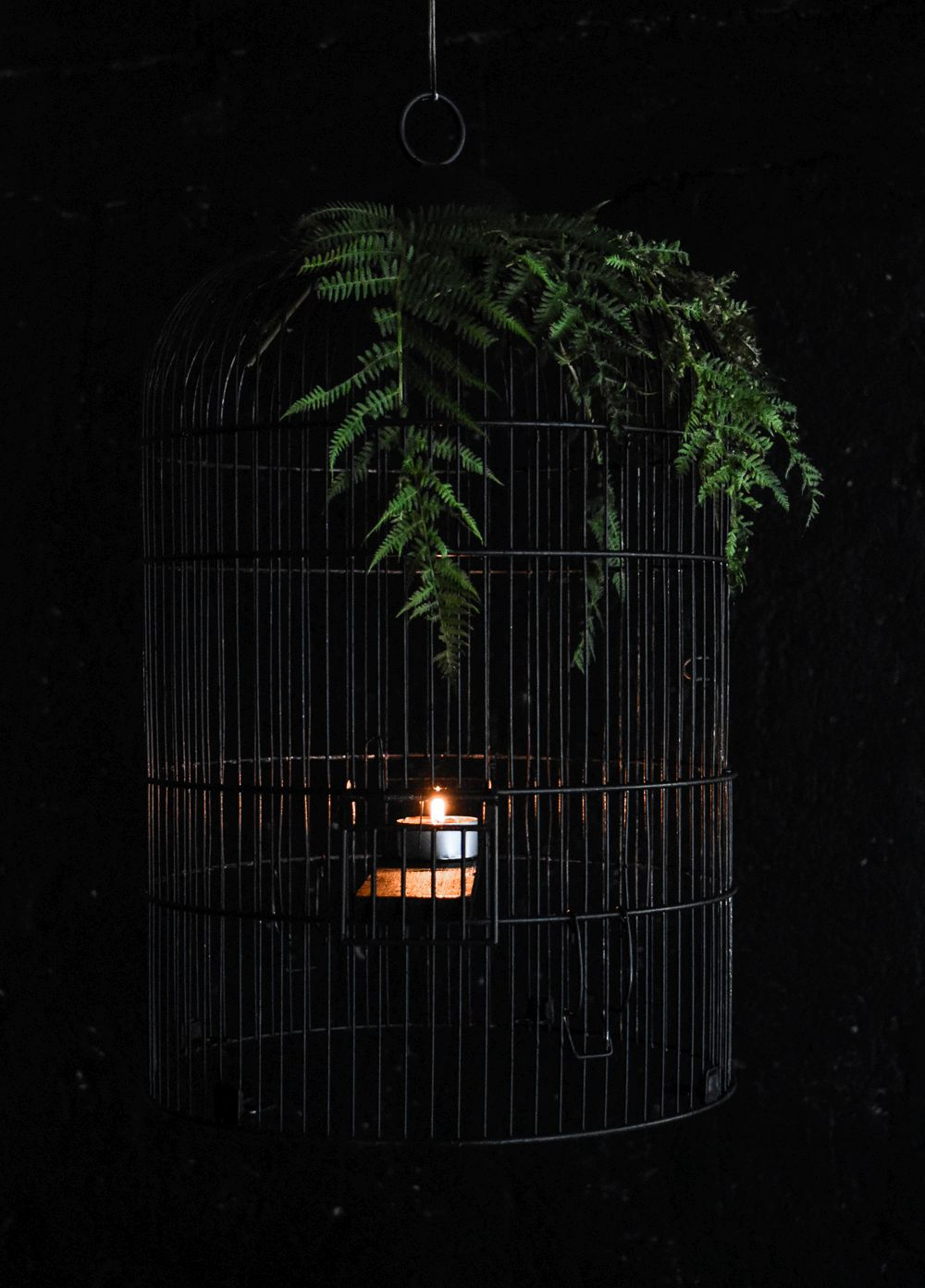 DIY Halloween Chandelier From A Bird Cage