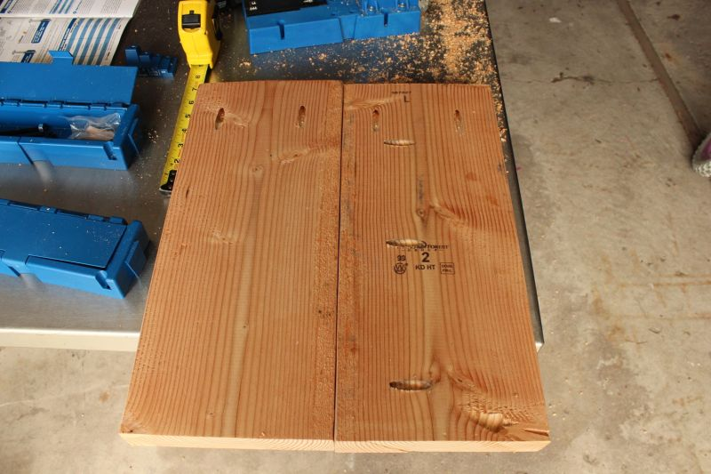 DIY Industrial Bench - two sets of leg boards