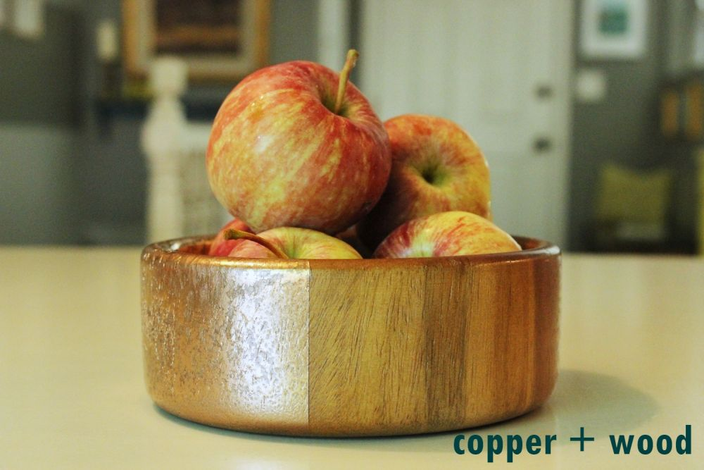 DIY Metal Wood Bowls - close-up of the copper + wood contrast