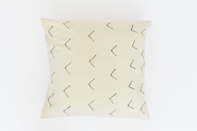 DIY Mud Cloth Inspired Pillow Craft