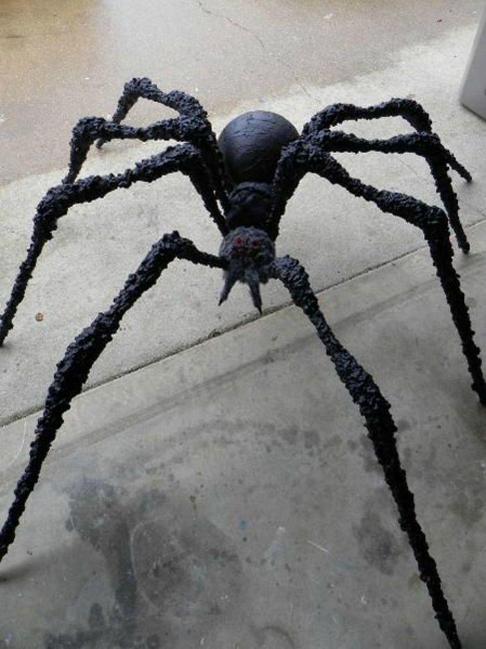 DIY PVC spider