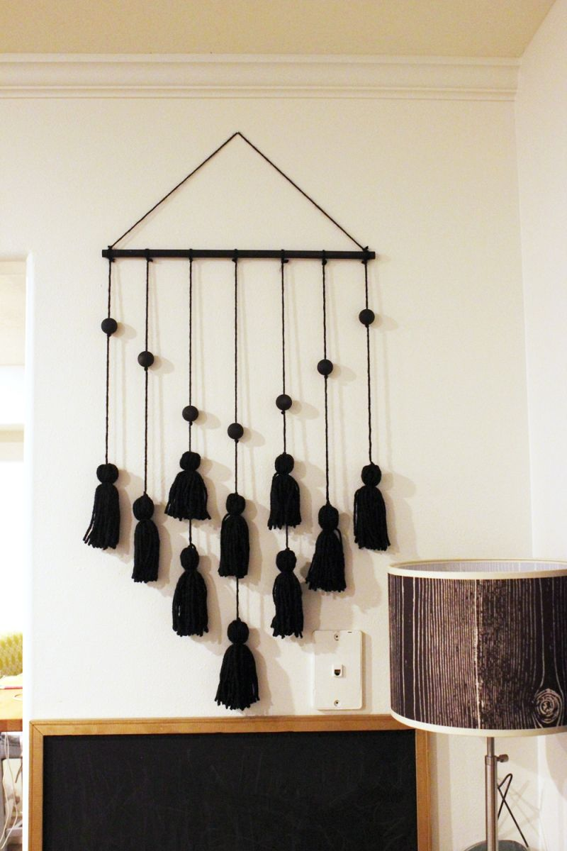 DIY Tassel Hanging on the wall