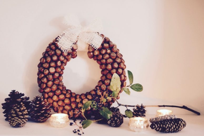 diy-hazelnut-wreath