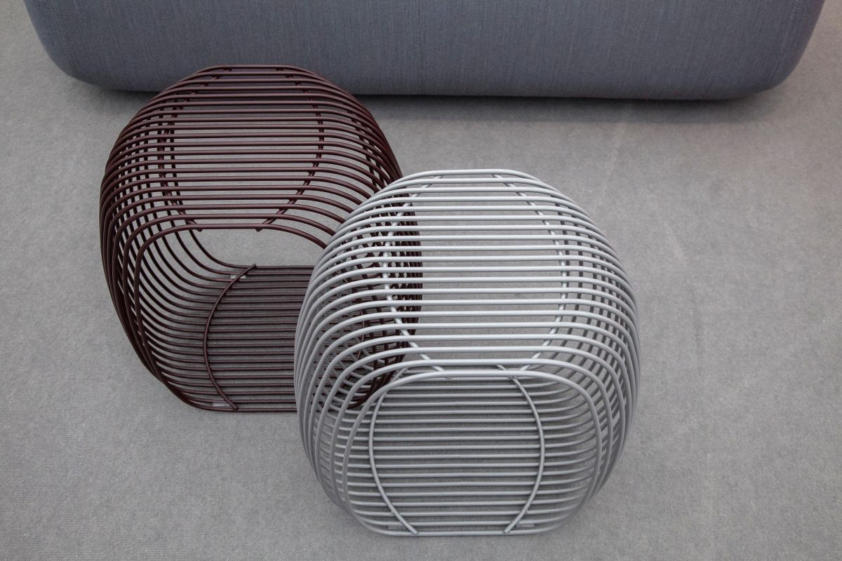 dexter-wire-sculpture-ottoman
