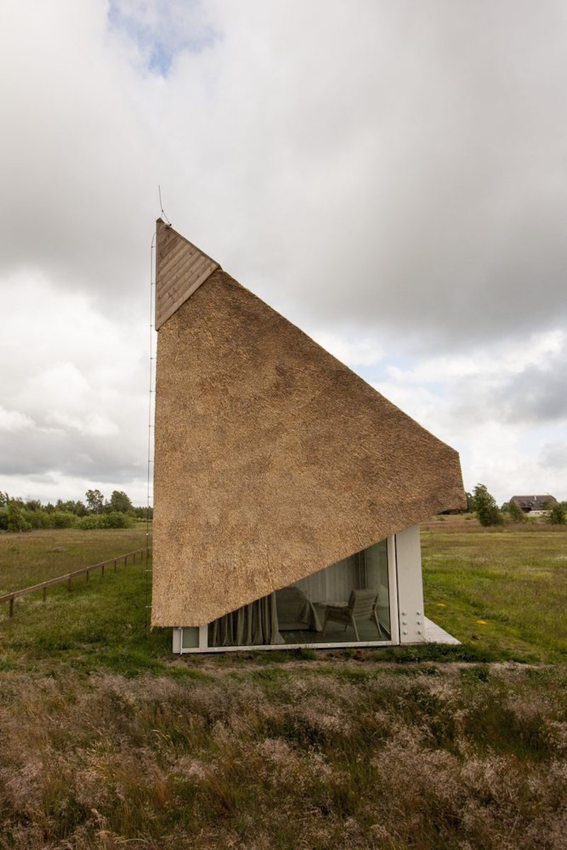 Dune House in Latvia angled rood