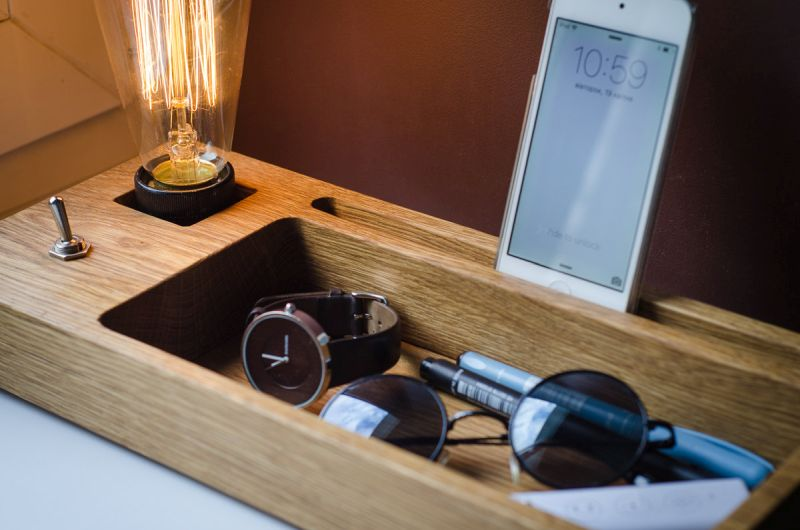 Edison lamp docking station