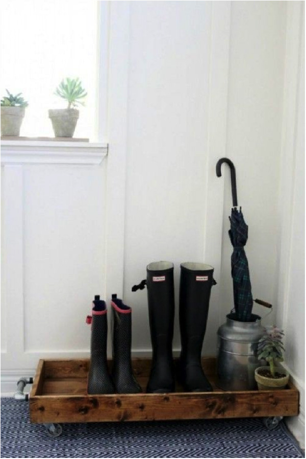 Entryway Shoe Tray