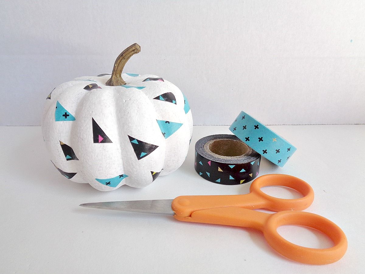 fake-pumpkins-using-washi-tape-craft