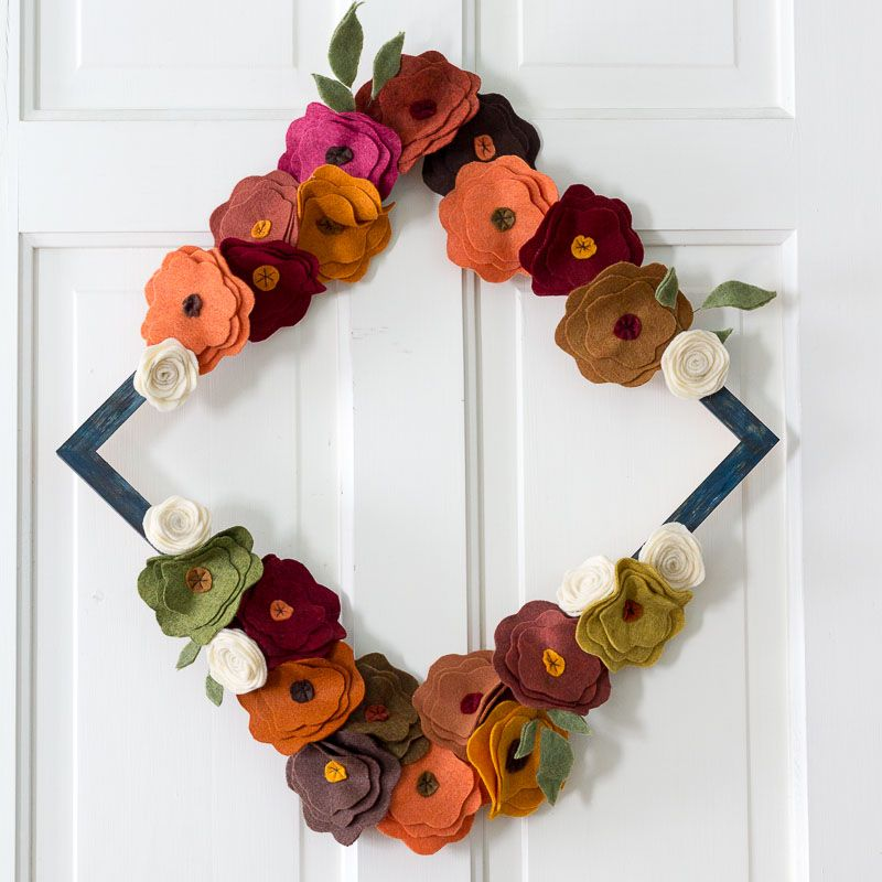 felt flower craft ideas diy fall decor that will set your front door apart 4456
