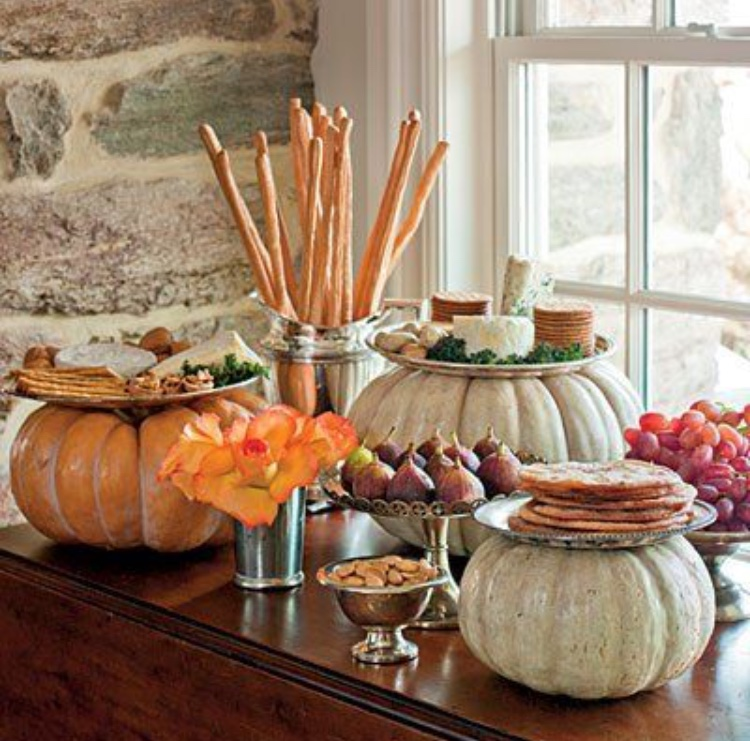 10 Styling Tips For Your Halloween Party Food Table