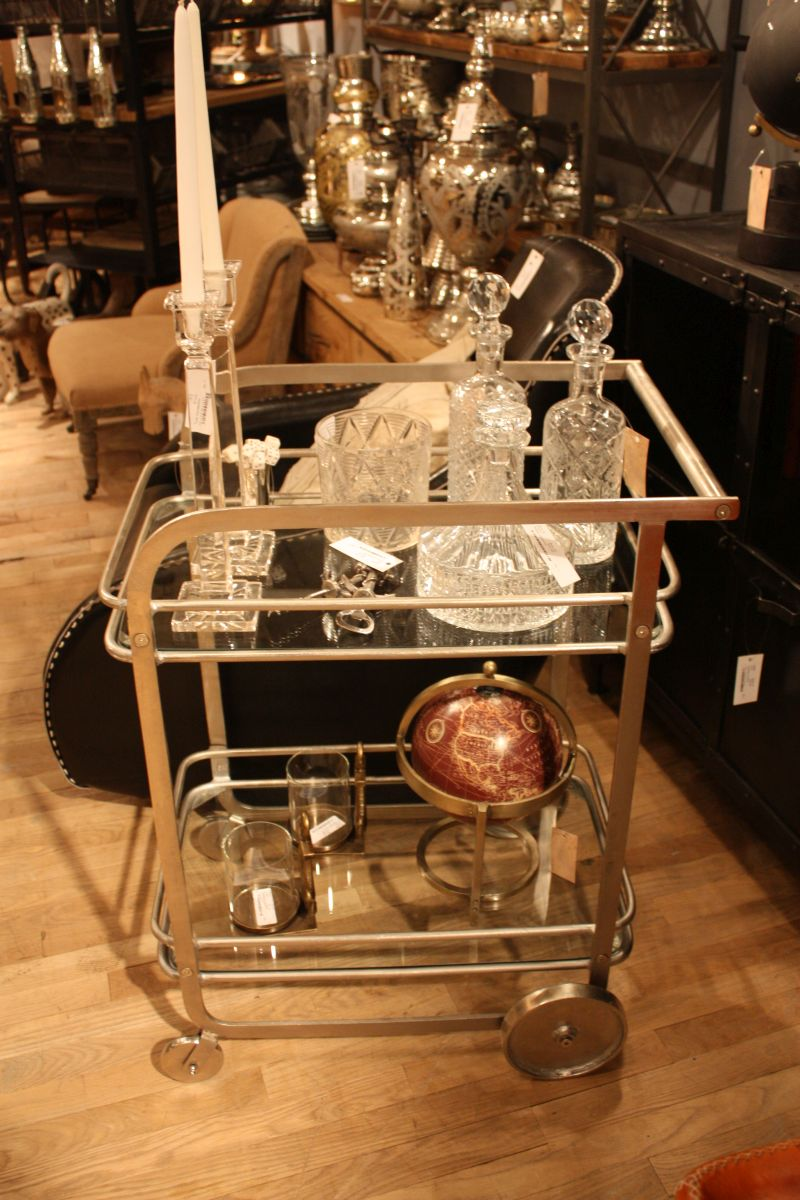 inox-style-bar-cart-design-on-wheels