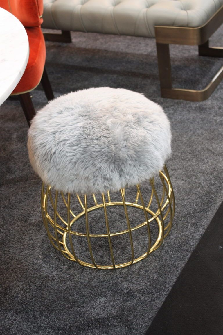 italian-designer-fur-bench-design