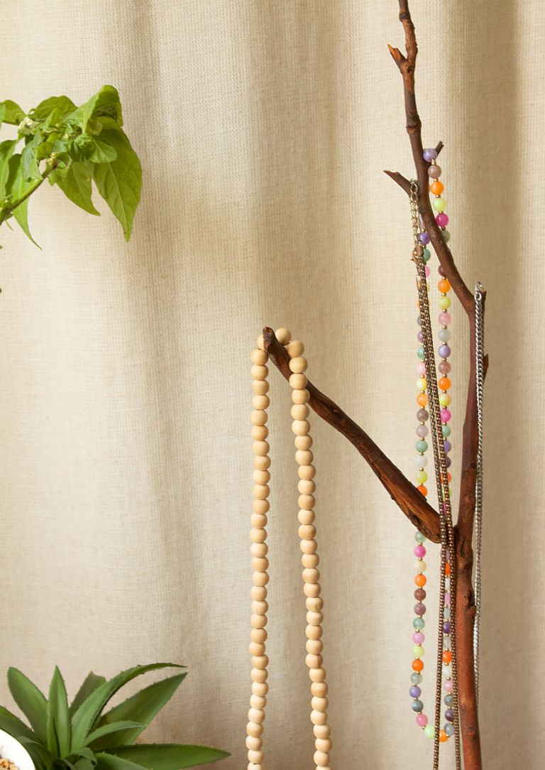 jewelry-tree-display