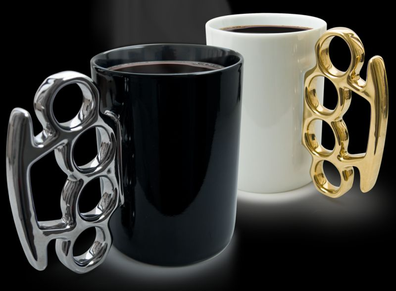 Knuckle Duster Becher