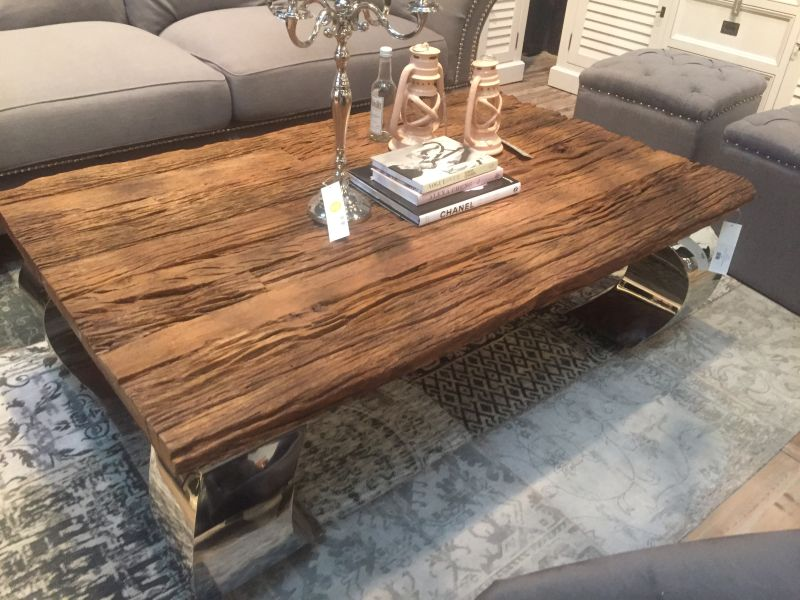 Rustic Coffee Table on Slab Wood Furniture Designs