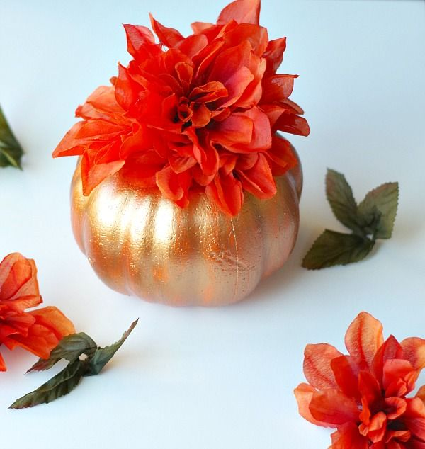 Metallic paint pumpkin spray