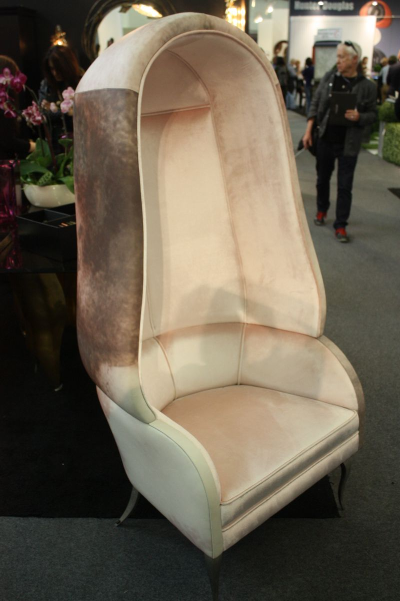 mushroom-grey-chair