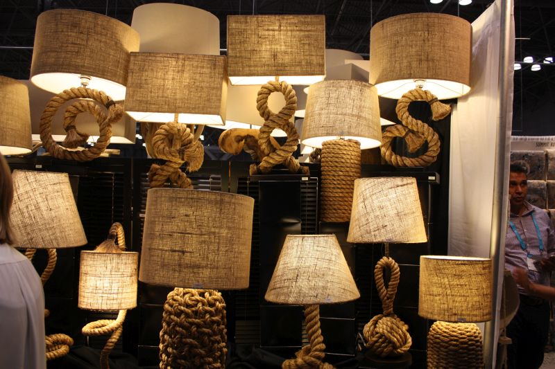 Nautical touch with lamps