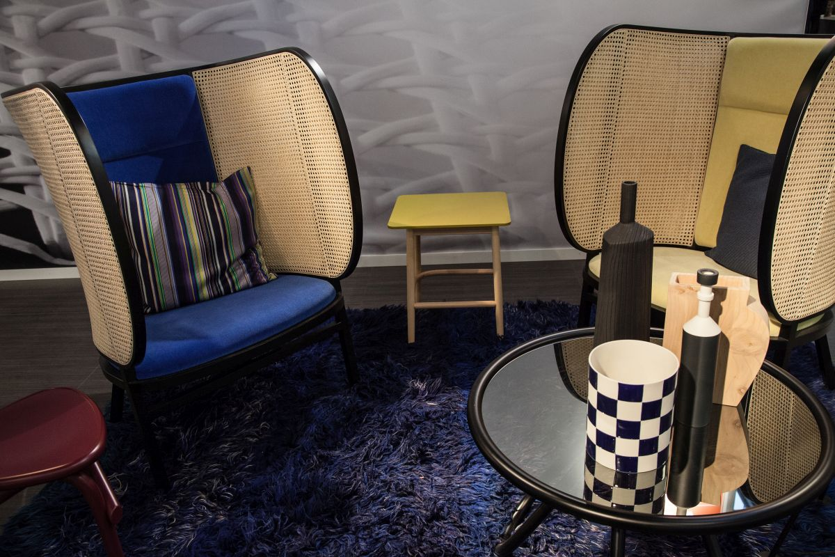 privacy-hideout-chairs