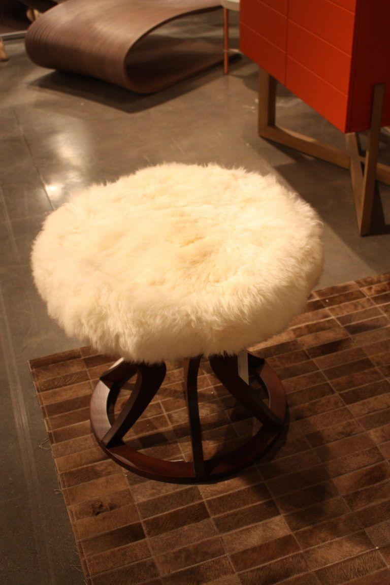 roberta-schilling-fur-stool-design